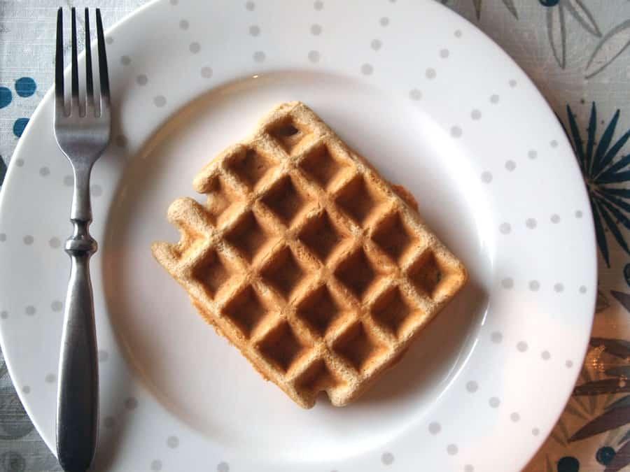 coconut flour waffle recipe, grain free waffles