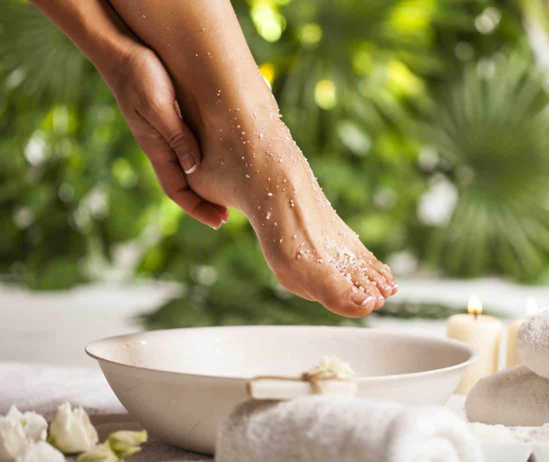 at home foot soak for dry, cracked feet
