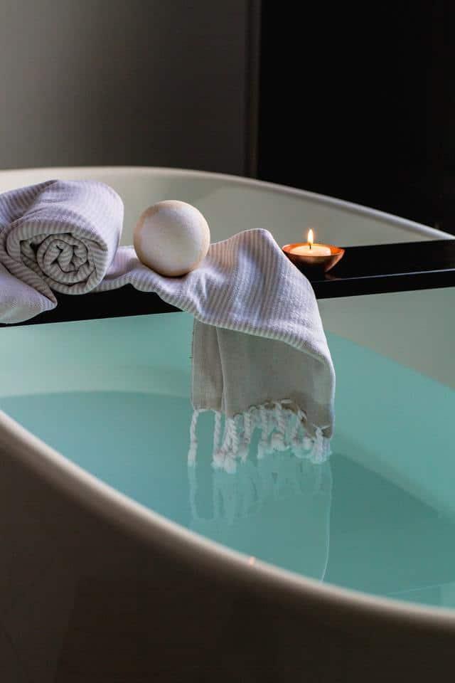 Take a Relaxing Detox Bath